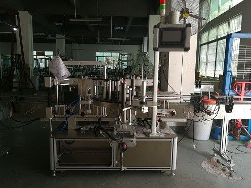 중국 두 배 옆 플라스틱 병 레테르를 붙이는 기계 / 자동적 인 병 라벨 붙이는 사람 협력 업체